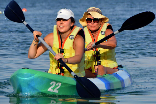 kayak in UAE