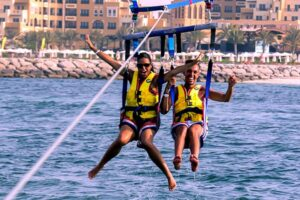 parasailing in UAE