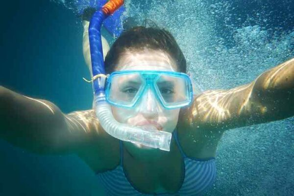 Snorkelling in Snoopy Island